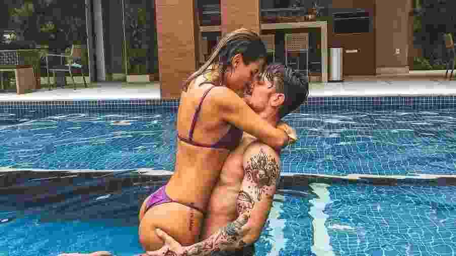 Saulo Poncio posa com a noiva, Gabi Brant - Reprodução/Instagram