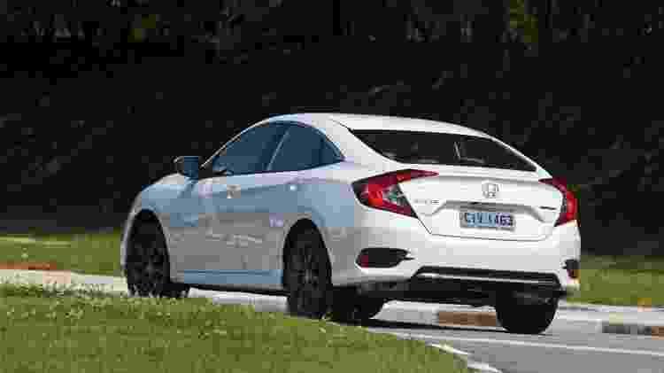 Honda Civic Touring traseira - Murilo Góes/UOL - Murilo Góes/UOL
