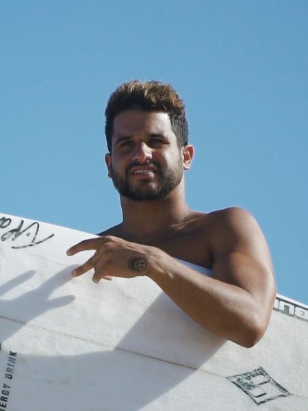 O campeão Ítalo Ferreira tera programa no Off - Divulgação