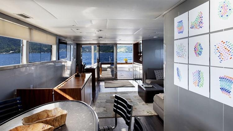 Interior do luxuoso Iate DM 87 - Reprodução/Nautal