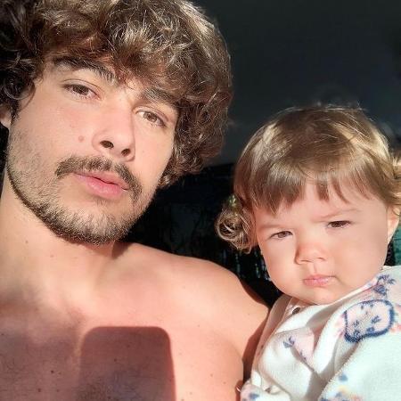 Rafa Vitti diverte fãs com vídeo descontraído de Clara Maria - Reprodução/Instagram