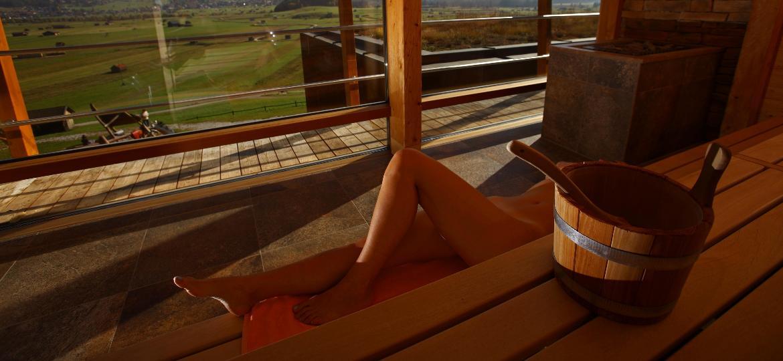 Na Alemanha, assim como em outros países da Europa, é normal curtir a sauna bem à vontade - EyesWideOpen/Getty Images