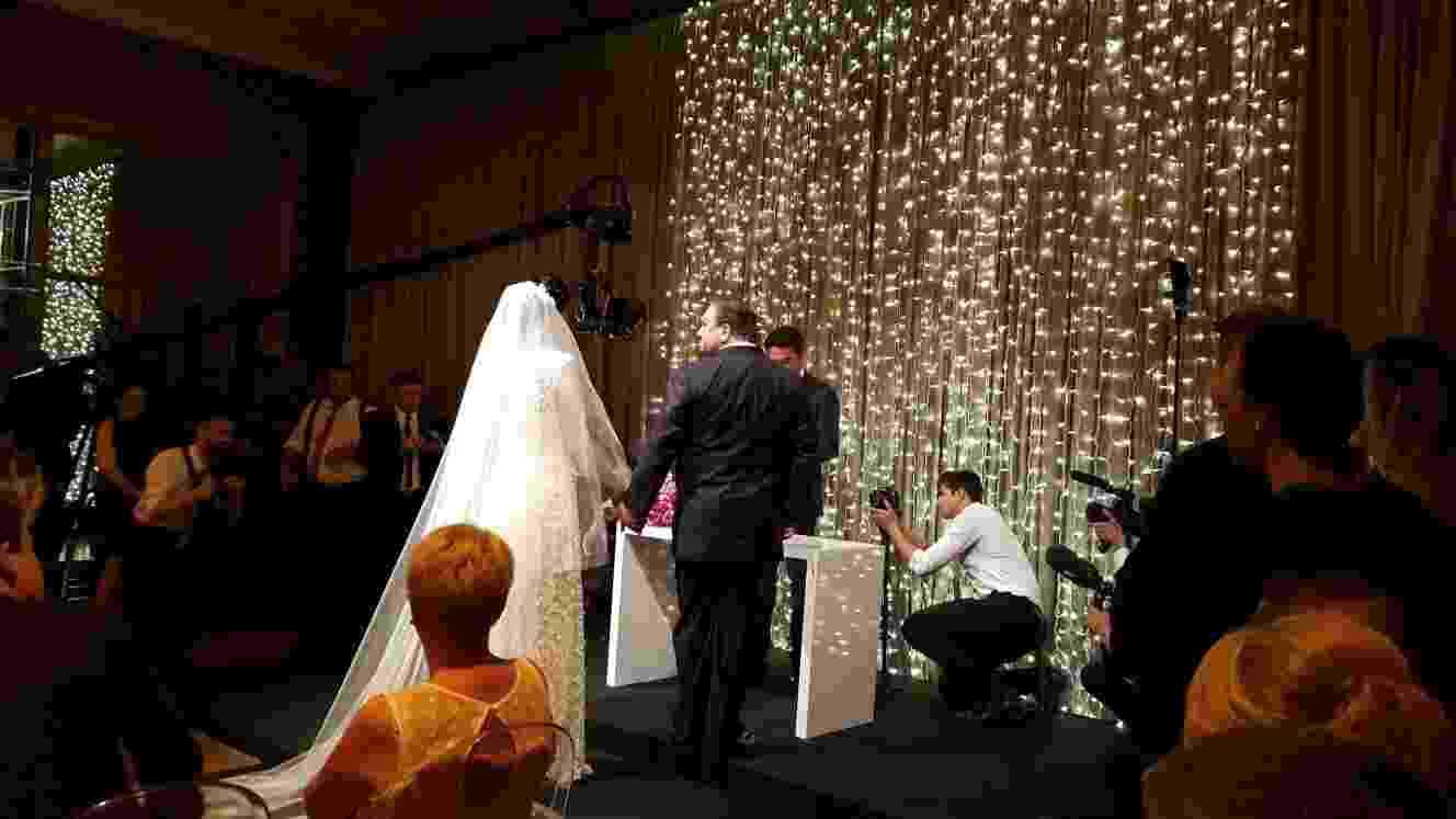 23.out.2015- Erick Jacquin se casa com Rosângela Menezes em uma cerimônia luxuosa no Villa Jockey, em São Paulo - Divulgação