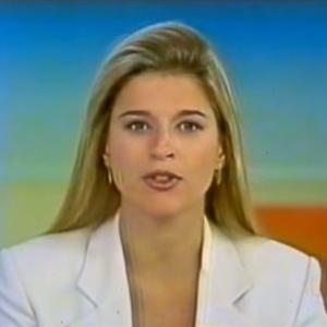"""Claudia Cruz no """"Jornal Hoje"""", em 1999 - Reprodução/YouTube"""