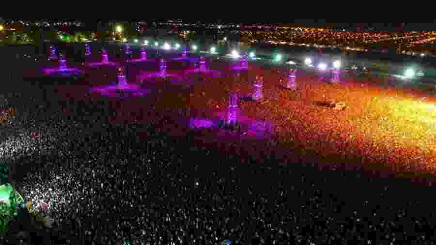 Imagem aérea do show do cantor Indio Solari em Olavarría - Reprodução/Twitter