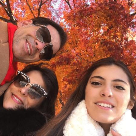 Leandro Hassum com Karina e Pietra - Reprodução/Instagram