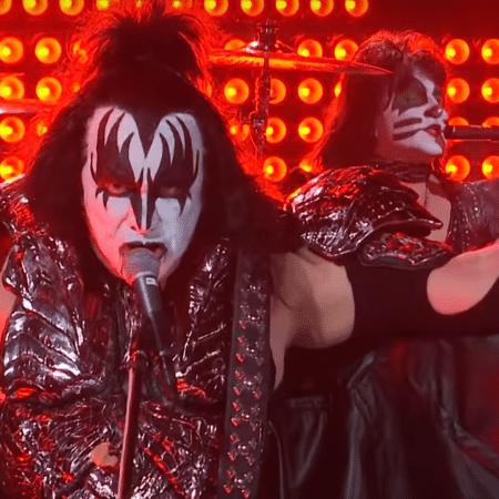 Gene Simmons, do Kiss, durante programa de James Corden - Reprodução