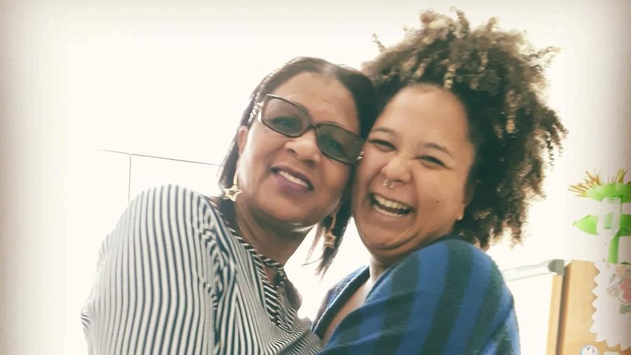 Alline Camila recebeu o apoio da mãe, Didi da Silva, quando se assumiu bissexual - Arquivo Pessoal