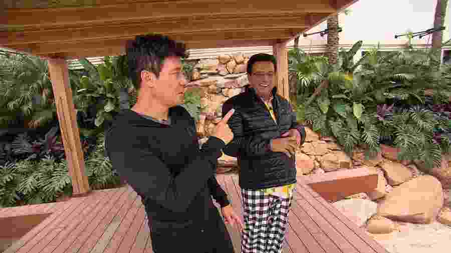 Rodrigo Faro mostrou a piscina gigante que está construindo nos fundos de sua mansão - Divulgação