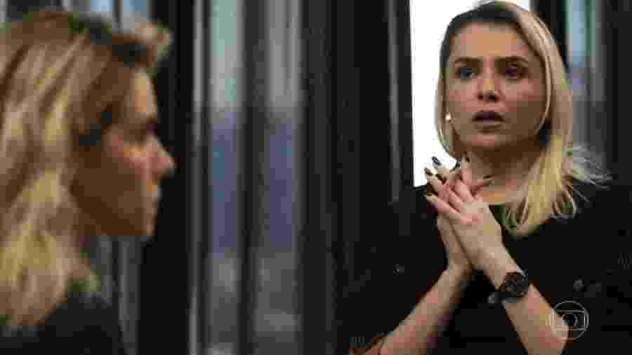 Kim (Monica Iozzi) fala com Yohana (Monique Alfradique) em A Dona do Pedaço - Reprodução/TV Globo
