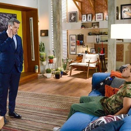 Guilherme briga com Roger devido a maneira que o pai trata o amigo - Foto: João Raposo/ SBT