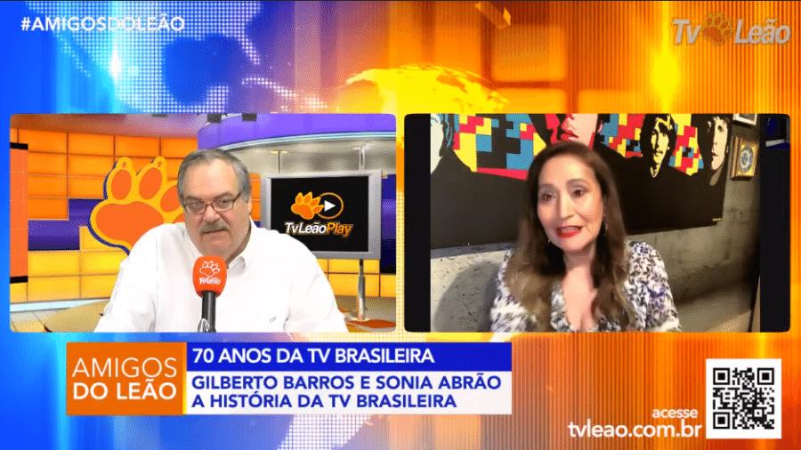 Gilberto Barros pareceu deixar Sonia Abrão incrédula ao ser homofóbico durante entrevista - Reprodução/YouTube