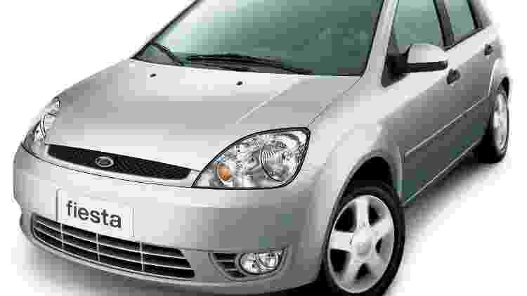 Ford Fiesta 2002 - Divulgação - Divulgação