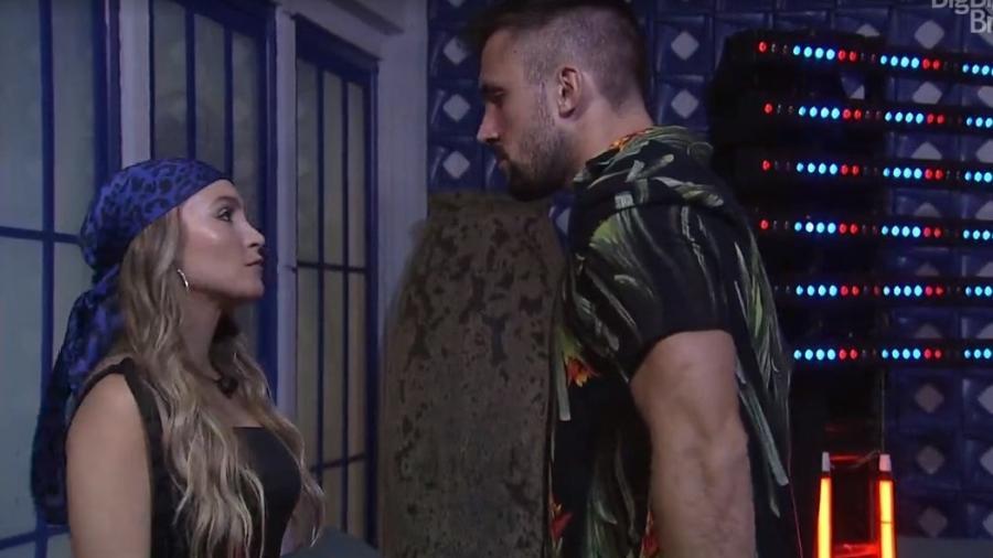 BBB 21: Carla e Arthur discutem relação na festa do líder - Reprodução/ Globoplay