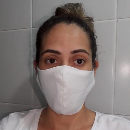 A técnica de enfermagem e cuidadora de idosos Ana Mércia Vieira, 33, de Maceió (AL), relata a dor de perder pacientes pela covid - Arquivo pessoal