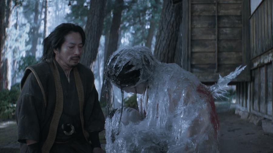 "Hanzo Hasashi (Hiroyuki Sanada), o futuro Scorpion, encontra família congelada em ""Mortal Kombat"" - Reprodução/YouTube"