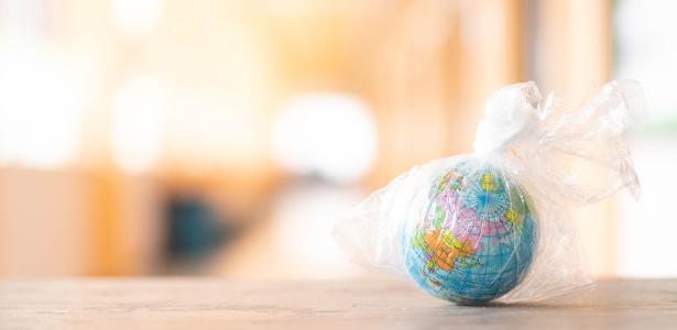 Mara Gama | Congresso chileno proíbe plásticos descartáveis em restaurantes