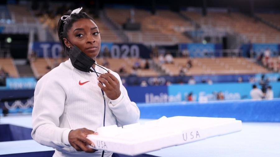 Após desistência de Simone Biles na prova de equipes, a seleção americana conquistou a medalha de prata - Laurence Griffiths / Equipa