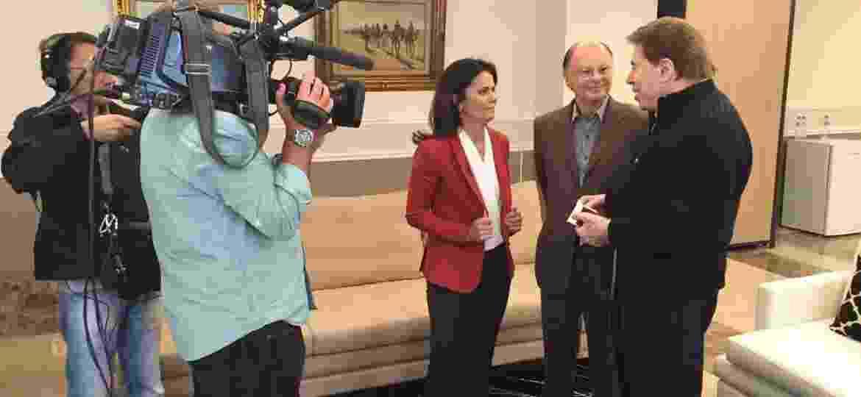 Jornalista Adriana Araújo entrevista Silvio Santos e Edir Macedo no Templo de Salomão - Divulgação