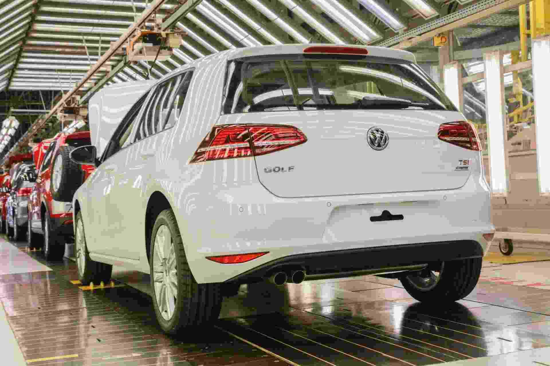 Volkswagen Golf 1.4 TSI nacional - Divulgação