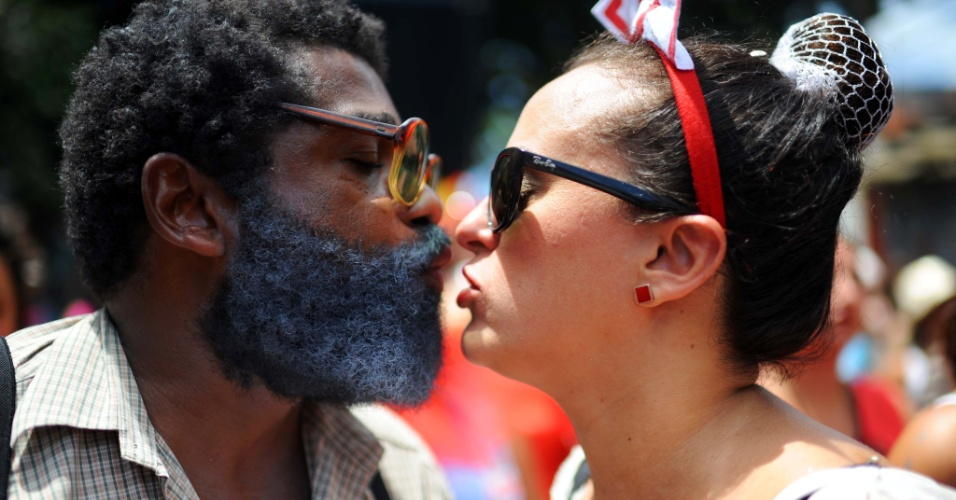 ó do borogodoFoliões aproveitam a manhã de domingo (31) para pular Carnaval no bloco do Ó do Borogodó