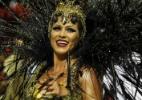 Lívia Andrade usa lentes vermelhas para representar anjo da morte na Casa Verde