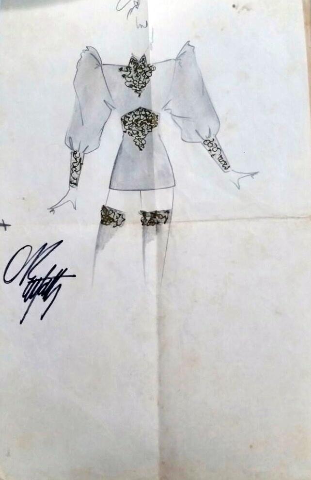Desenho do figurino de Xuxa Meneghel aprovado pela diretora Marlene Mattos