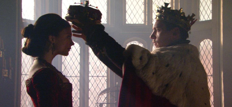 """Ana Bolena (Natalie Dormer) e o rei Henrique 8º (Jonathan Rhys Meyers) em cena da primeira temporada de """"The Tudors"""" - Divulgação/RedeTV!"""