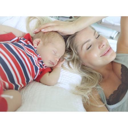 Karina Bacchi com o filho, Enrico - Reprodução/Instagram