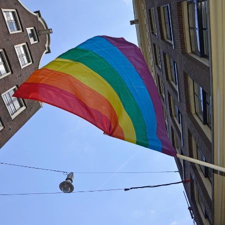 Bandeira LGBT - AnjoKanFotografie/Getty Images