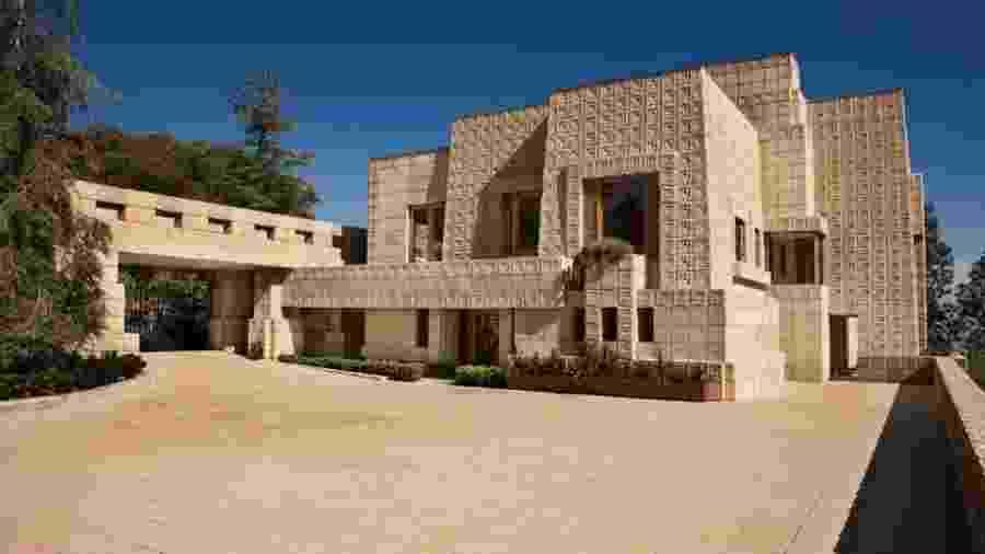 A histórica Ennis House, símbolo da arquitetura de Los Angeles - Mary e Nichols/Hilton & Hyland