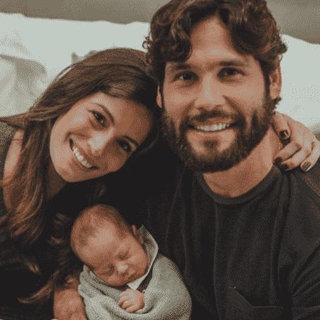Dudu Azevedo e Fernanda Mader com Joaquim - Reprodução/Instagram