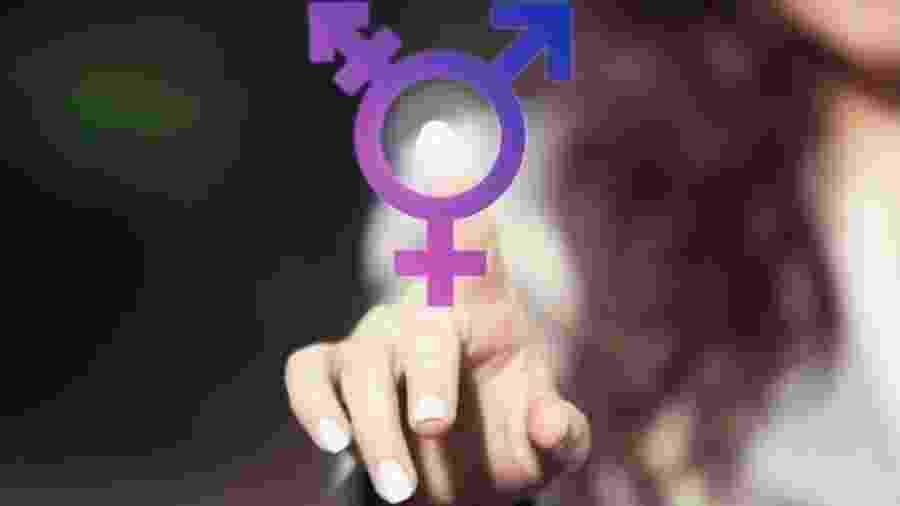 Crianças trans preferem brinquedos e roupas de acordo com o gênero com o qual se reconhecem - Getty Imagens