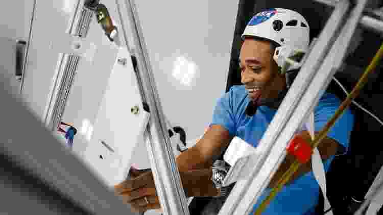 Na Flórida, turista se diverte em simulador de viagem ao espaço  - Divulgação/Kennedy Space Center - Divulgação/Kennedy Space Center