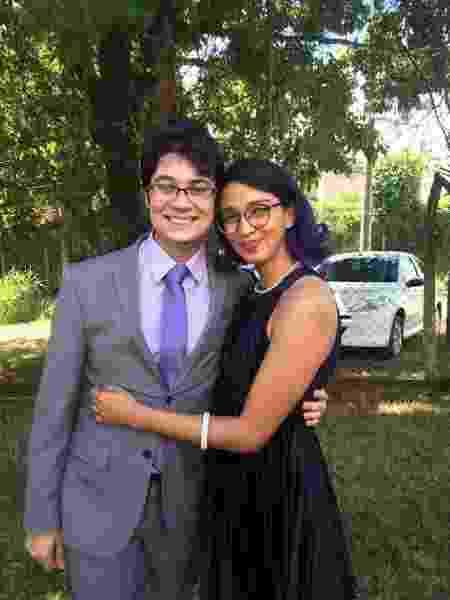 Casal namora e mora juntos em São Paulo; Jéssica Santiago, 31, Victor Gois, 27 - Arquivo pessoal