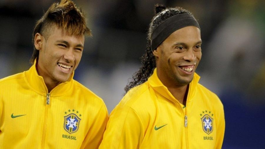 Giuly, ex-jogador do Barcelona, comparou Neymar e Ronaldinho Gaúcho - FABRICE COFFRINI/AFP
