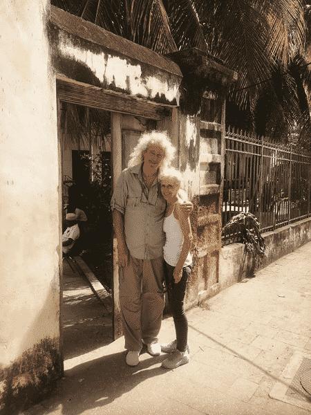 Brian May com sua mulher, Anita Dobson, em Zanzibar - Reprodução/Instagram