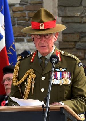 Princípe Charles participa de evento oficial na manha desta quinta-feira (15) - AFP