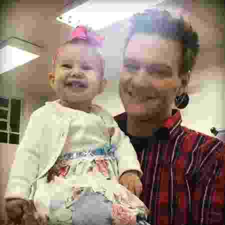 Michel Teló posa com a filha Melinda, de 11 meses - Reprodução/Instagram/micheltelo