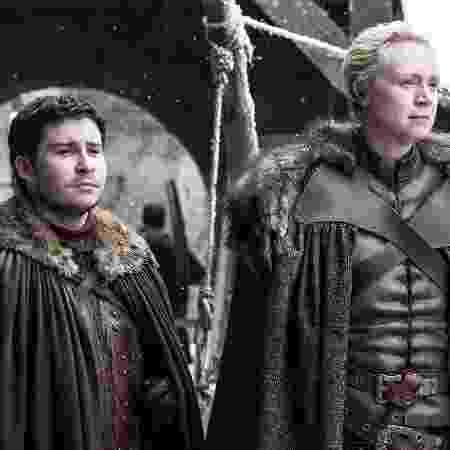 """Podrick Payne e Brienne of Tarth em foto da sétima temporada de """"Game of Thrones"""" - HELEN SLOAN/HBO"""