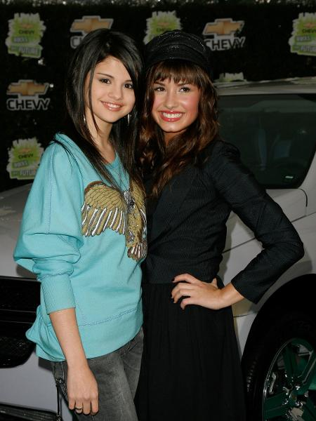 Selena Gomez e Demi Lovato em foto de 2008 - Mark Davis/Getty Images
