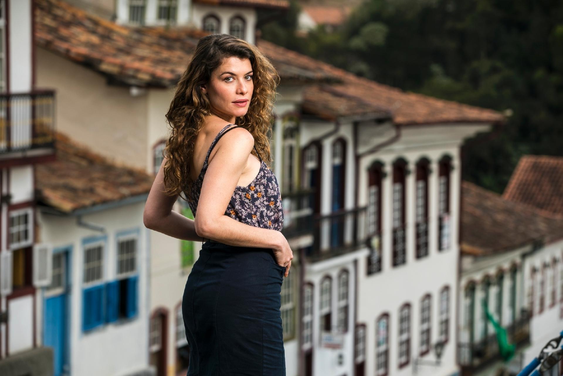 Alinne Moraes Sex alinne moraes torce, mas não vê mais tempo para redenção de