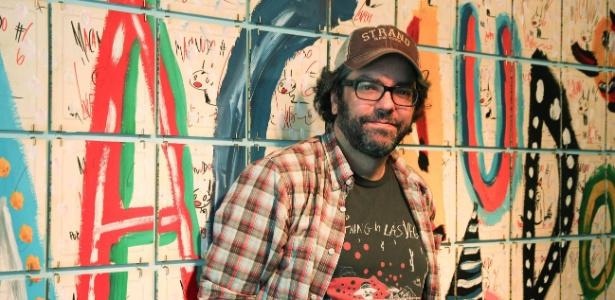 """O quadrinista argentino Liniers, autor da tirinha """"Macanudo"""", que faz sucesso no mundo todo. """"Não é que eu seja um otimista, mas eu tenho que ser"""", diz. - Diana Abreu"""