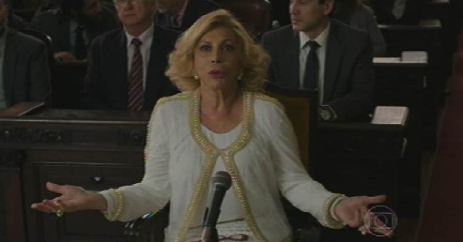 28.ago.2015 - Governadora do Estado, Consuelo (Arlete Salles) é chamada para depor na CPI que investiga desvio de verbas na educação