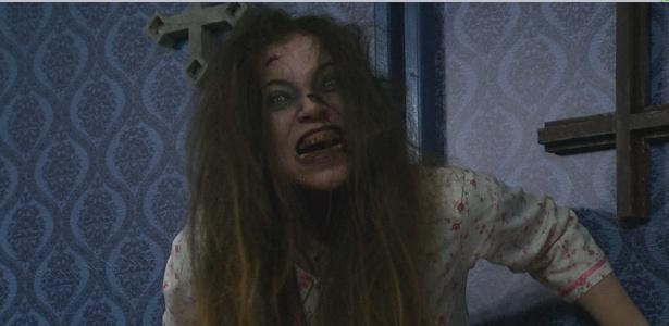 """Maria (Katiane Reeves) vai apavorar novas vítimas na Câmera Escondida """"Invocação do Mal 2"""" - Divulgação/SBT"""