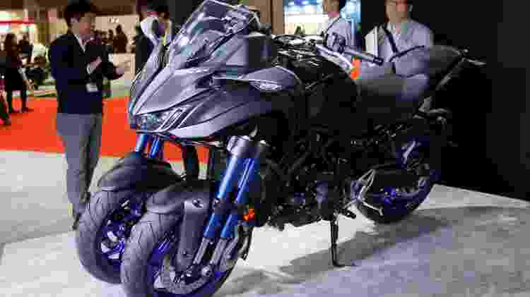 A exótica e arriscada Yamaha Niken - Toru Hanai/Reuters