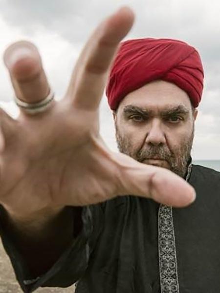 """André Abujamra lança o clipe de """"O Mar"""" - Mustafa Seven"""