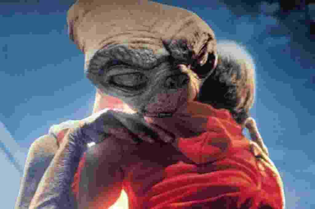 """Cena de """"E.T. - O Extraterrestre"""" (1982) - Reprodução"""