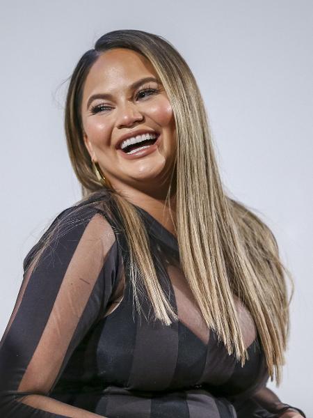 Chrissy Teigen é mãe de Luna e Miles - Getty Images