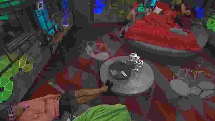 """Participante do """"Big Brother"""", nos EUA, é acusado de """"comportamento inadequado"""" por telespectadores - Reprodução/TMZ"""